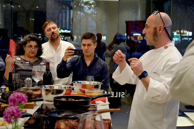 Showcooking de «Discarlux» en Cosentino City Madrid…